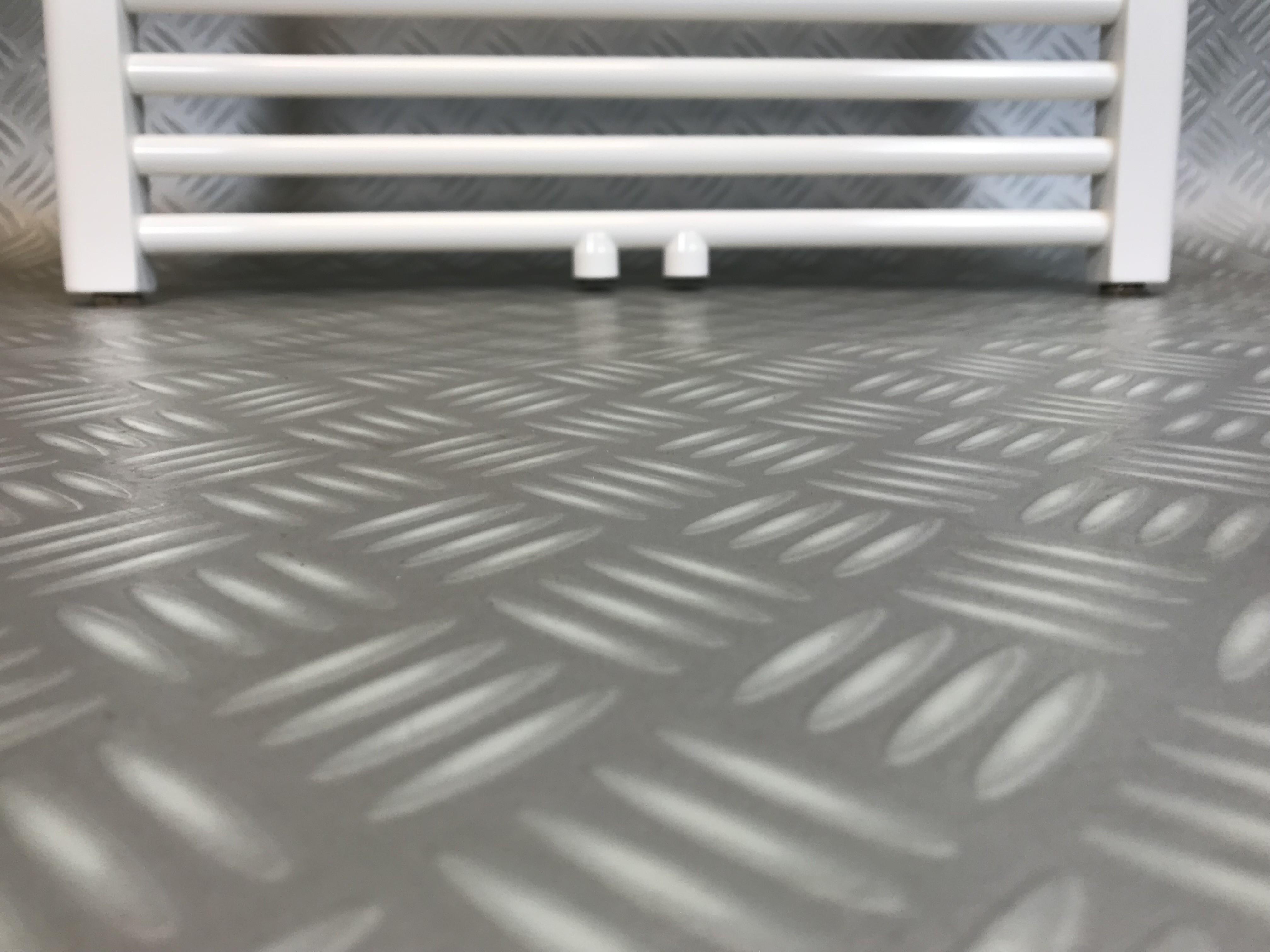 Badkamer Radiator Aanbieding : Badkamer design radiator breed hoog